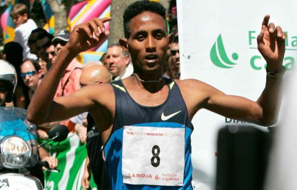 El eritreo Kiflon Sium no tuvo rival pese al buen papel de la selección española