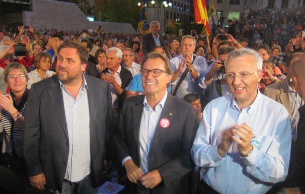 """Mas ironiza sobre Rajoy por la nacionalidad y dice que todo su discurso es """"mentira"""""""
