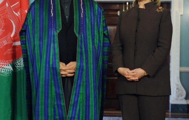 EE.UU. y Afganistán dejan atrás las recientes tensiones para mirar al futuro