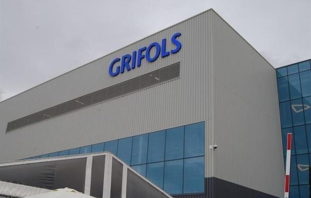 Grifols registró un beneficio de 277,9 millones hasta junio, un 5,1% más