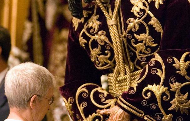 El Gran Poder, restaurado el brazo, vuelve hoy al culto con un besamanos