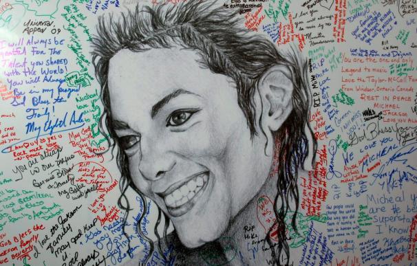 Un nuevo disco de Michael Jackson saldrá a la venta el 13 de mayo