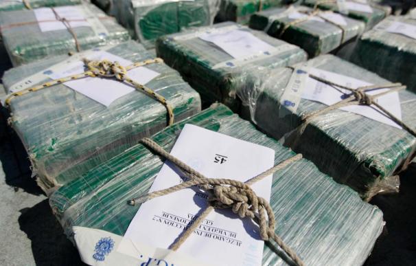 Continúa abierta la investigación tras la aprehensión de 1.200 kilos de cocaína en un velero