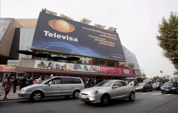 """Una unidad secreta de Televisa promocionó la campaña de Peña Nieto, según """"The Guardian"""""""