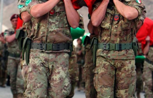 Más de 100 soldados de la ISAF mueren en junio en Afganistán, según un portal de internet independiente