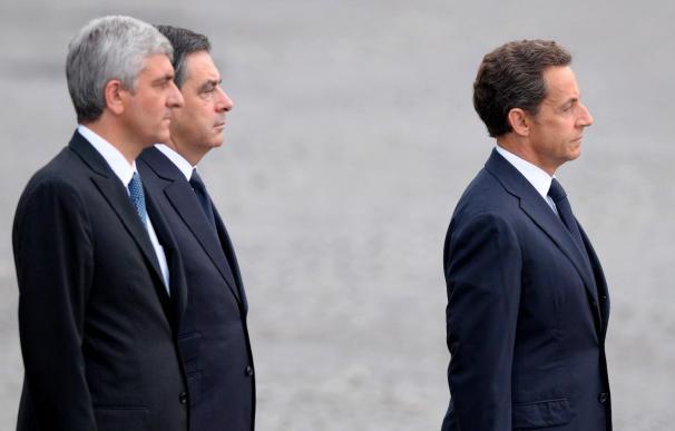 Sarkozy reúne al consejo de defensa y seguridad para abordar la crisis del rehen de Al Qaeda