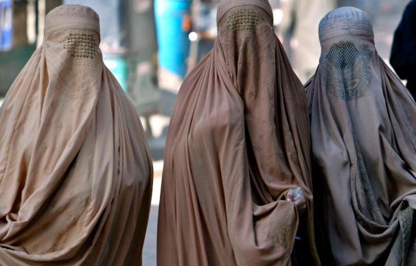Galapagar aprueba la prohibición del uso del burka en edificios públicos