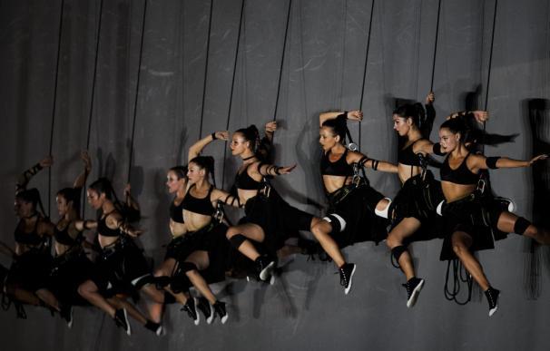 Danza, agua y acrobacia inauguran los Europeos de atletismo al pie de la montaña mágica