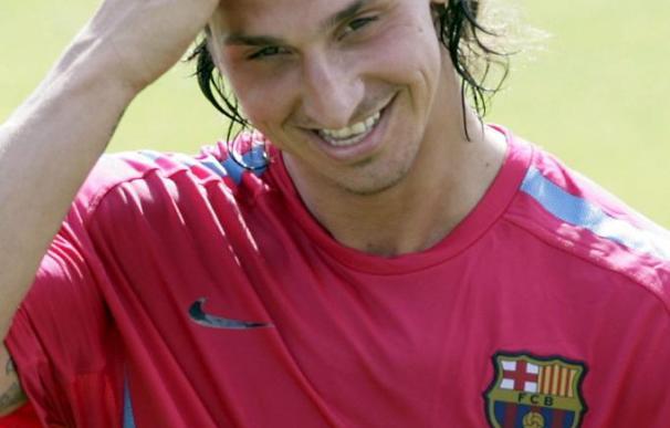 """Maxwell ve a Ibrahimovic """"motivado y muy concentrado"""" en el Barça"""