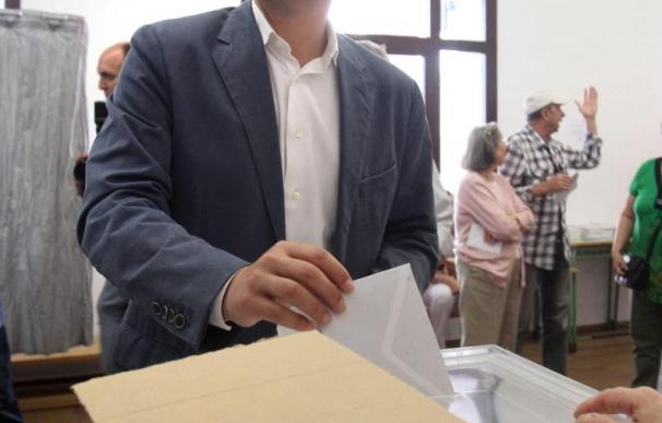 El PP gobernará Córdoba, tradicional feudo de IU, que se desploma