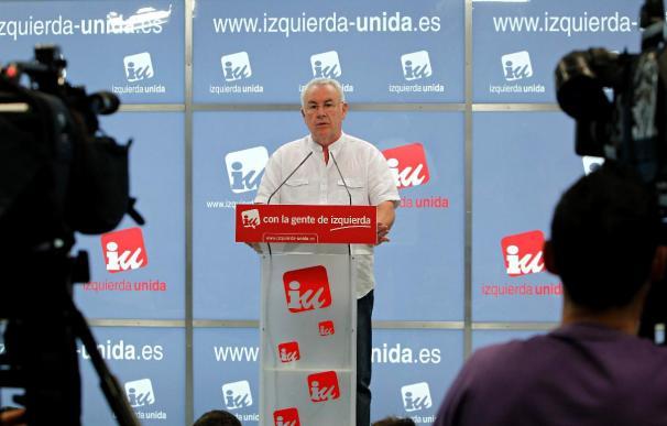 IU no se beneficia de la debacle del PSOE, de la que culpa a Zapatero