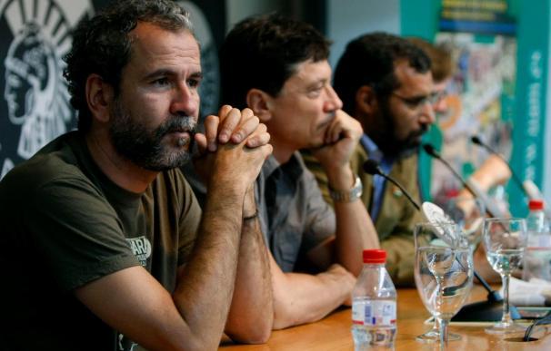 Carlos Bardem y Guillermo Toledo rubrican su respaldo al pueblo saharaui