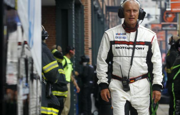Matthias Müller en el pit lane ALMS en Baltimore ya estando al frente de Porsche AG (Foto: Porsche Media)