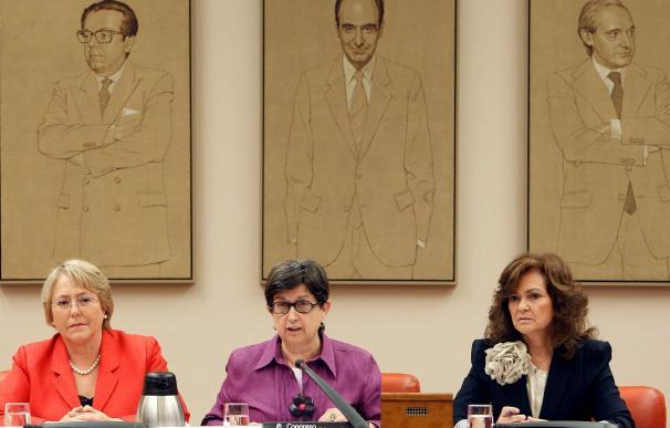 Zapatero ratifica a Bachelet el compromiso español con la igualdad de género