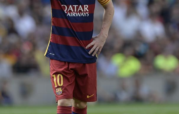 Barcelona's Argentinian forward Lionel Messi touch