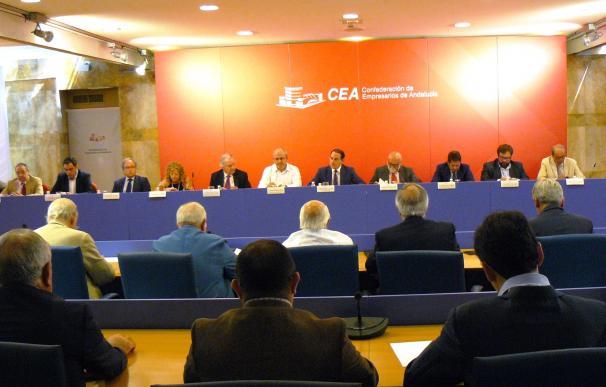 La CEA muestra su preocupación por el sector cementero y apuesta por el tratamiento energético de residuos
