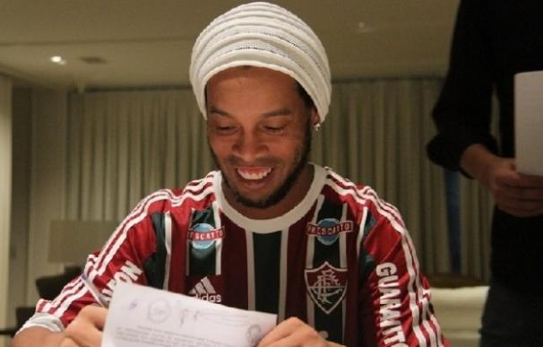 Ronaldinho abandona el Fluminense tres meses después de su fichaje / AGENCIAS