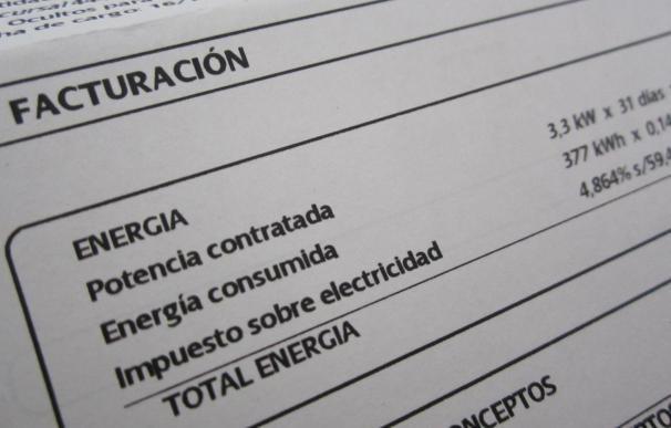 """Una charla organizada por el PSOE desvelará este jueves los """"secretos"""" de las facturas de la luz y el agua"""