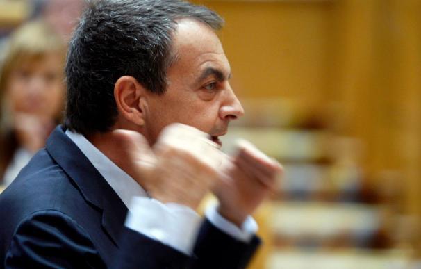 Los recortes sociales encienden el debate del Senado y el PP pide elecciones