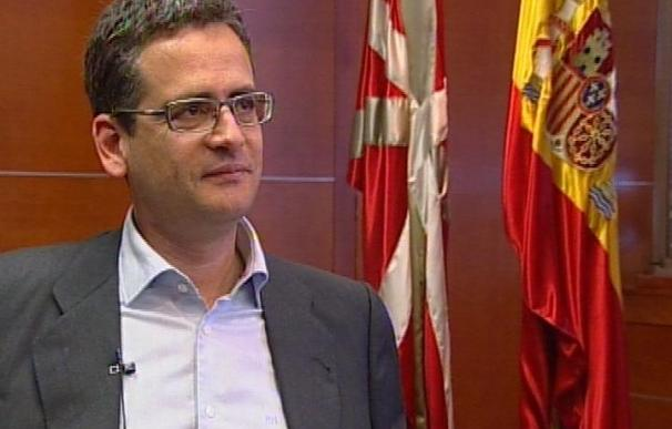 """Basagoiti cree que ETA podría anunciar una tregua """"en las próximas semanas"""""""