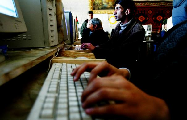 Todos quieren beneficiarse de las posibilidades que ofrecen las nuevas tecnologías en internet.