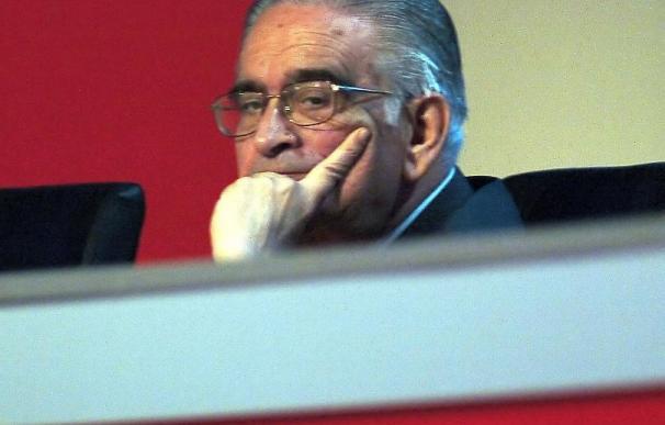 El presidente del Gobierno lamenta en el Congreso la muerte de Luis Ángel Rojo