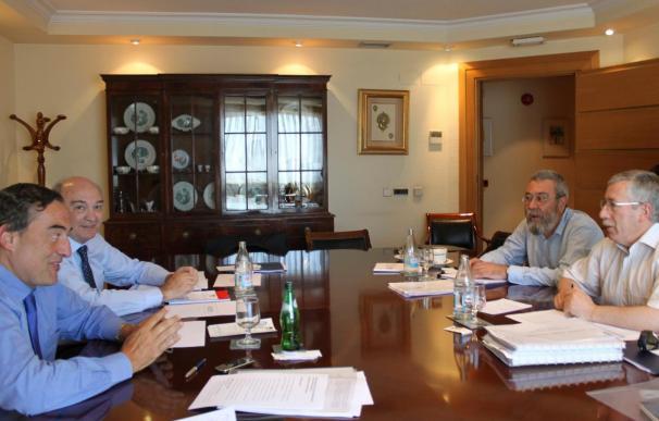 Miembros de la CEOE abogan por no romper la negociación colectiva