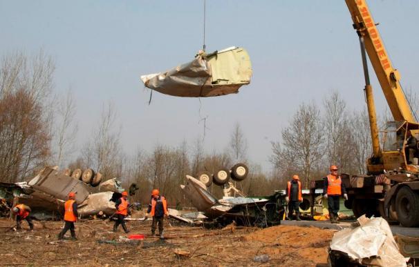 El Jefe del Ejército del Aire polaco estuvo en la cabina hasta el accidente del avión presidencial
