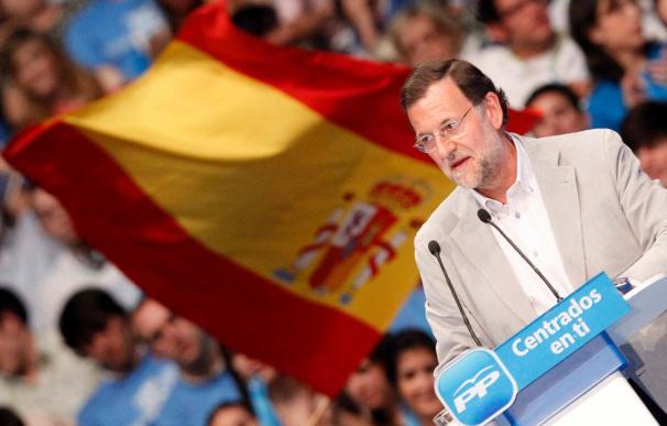 Rajoy afirma que pese a la amplia victoria del PP nada está decidido para las generales