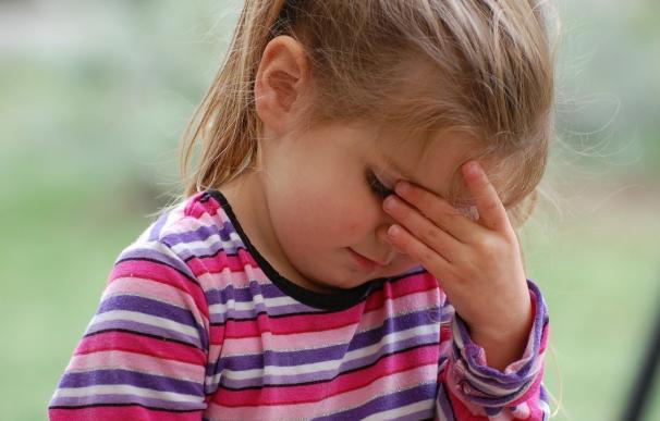 Los niños sufren más dolores de cabeza durante el otoño por el estrés de la vuelta al colegio