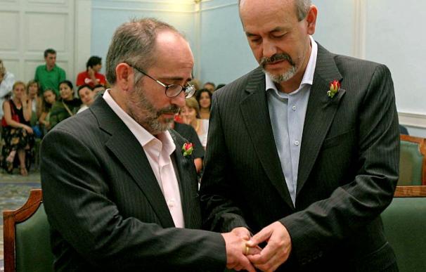 Los matrimonios del mismo sexo sumaron 3.412 en 2009