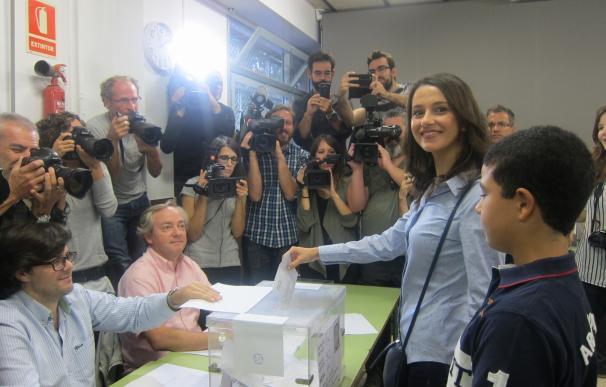 """27S.- Arrimadas espera una participación """"masiva"""" en sus primeras elecciones como candidata"""