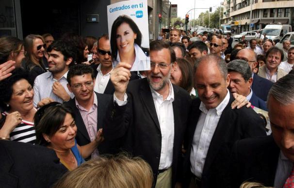 Rajoy expresa su apoyo a Camps al ser el president que desean los valencianos