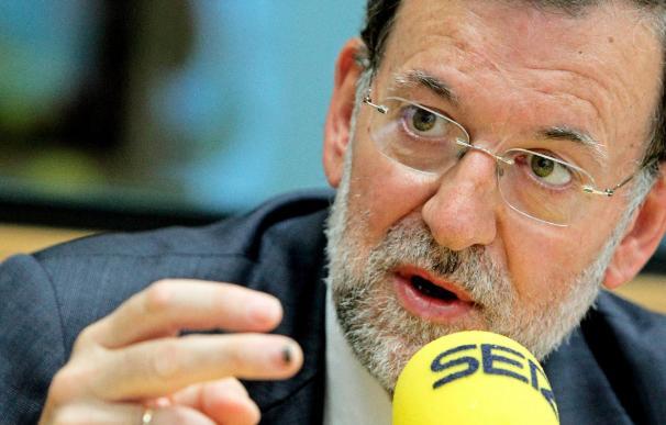 """Rajoy insiste en que siempre ha pensado """"lo mismo"""" sobre la honradez de Camps"""