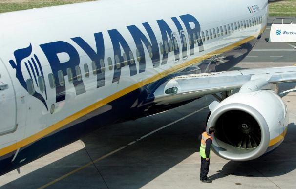 Las compañías de bajo coste transportaron un 7 por ciento más de pasajeros en junio