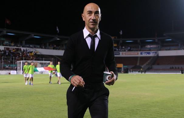 El Valencia despide a Neville y nombra entrenador a Pako Ayestarán