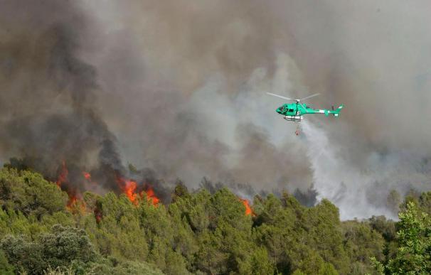 El incendio de Tarragona lleva quemadas 70 hectáreas y sigue sin control