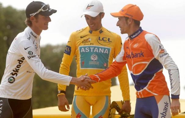 Astana aún no da por perdido a Contador, pero ya negocia con Menchov