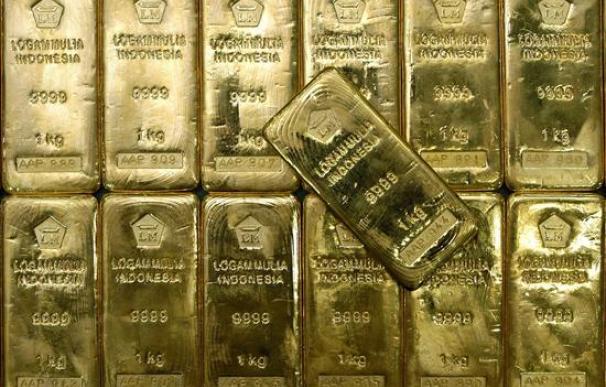 El oro y la plata serán los metales más rentables en 2011, según los expertos