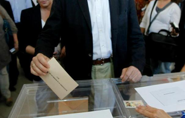 """Rajoy confía en una amplia participación porque """"la democracia es voto"""""""