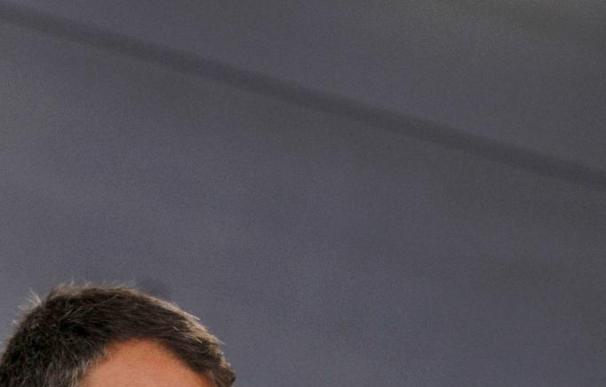 Zapatero encarga a Chaves el diálogo con la Generalitat para el desarrollo del Estatut