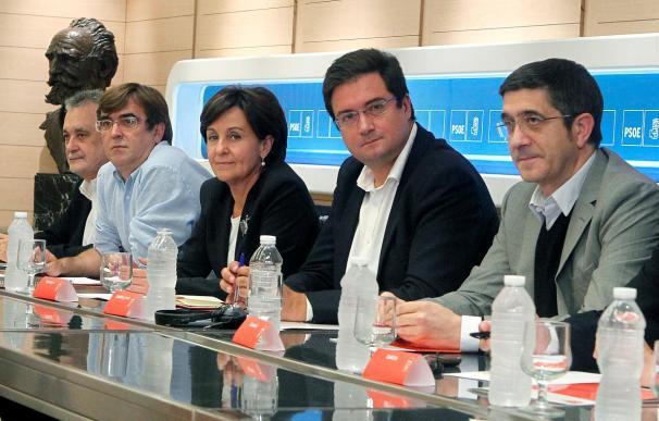"""Los dirigentes socialistas rechazan ver la designación de Rubalcaba como """"dedazo"""""""