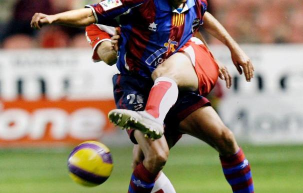 Saúl firma por tres temporadas con el Deportivo