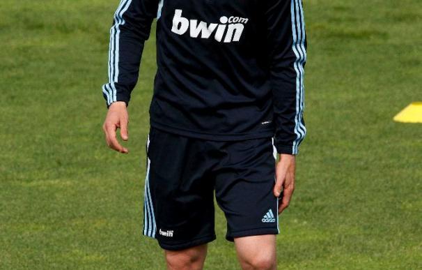 """Guti se despide aguantando las lágrimas:""""Mi corazón siempre estará en Madrid"""""""