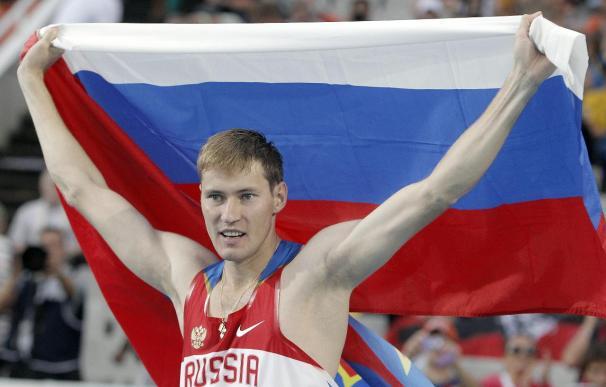 Shustov da a Rusia el tercer título consecutivo en altura