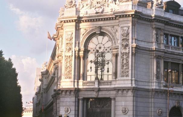 El Banco de España alerta de la caída del empleo indefinido pese a las reformas