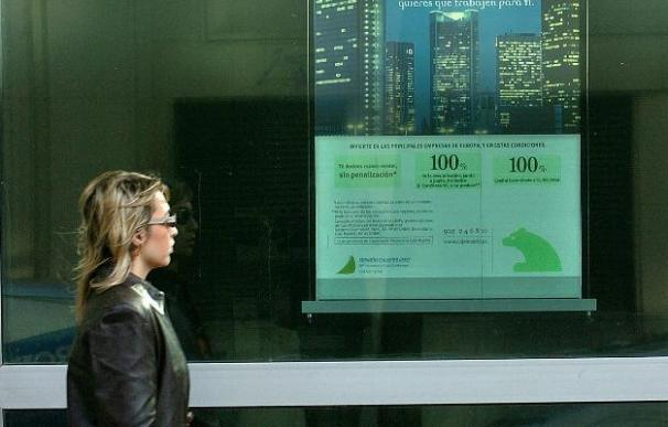 Caja Madrid aprueba el contrato para unirse con Bancaja y otras cinco cajas