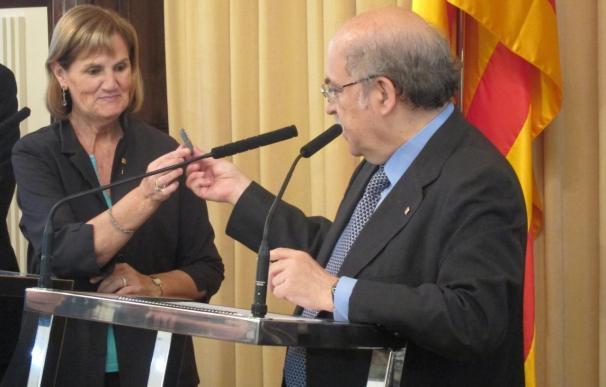 (Amp) El presupuesto de Cataluña para 2011 incluye un recorte del gasto del 10% y un déficit del 2,66%