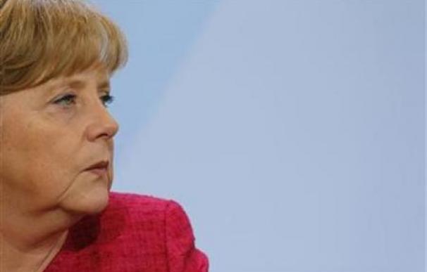 Merkel llega a India después de que Irán bloqueara su avión