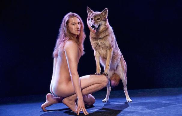 El representante de Bielorrusia en Eurovisión apuesta por actuar desnudo y rodeado de lobos